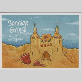 Der Hexenturm als Sandburg am Meer gebaut